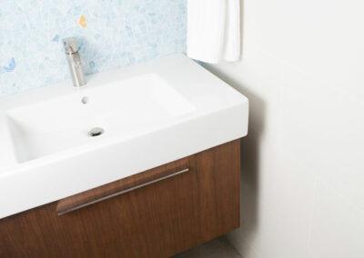 Play room bath